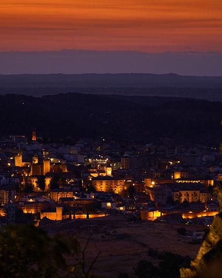 Ciudad Monumental de Cáceres desde el Santuario